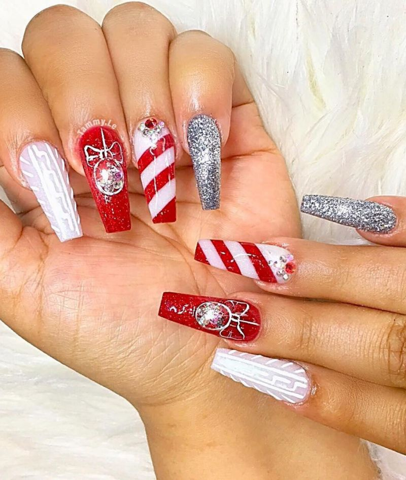 70 Festive Christmas Nail Art Designs to Inspire You