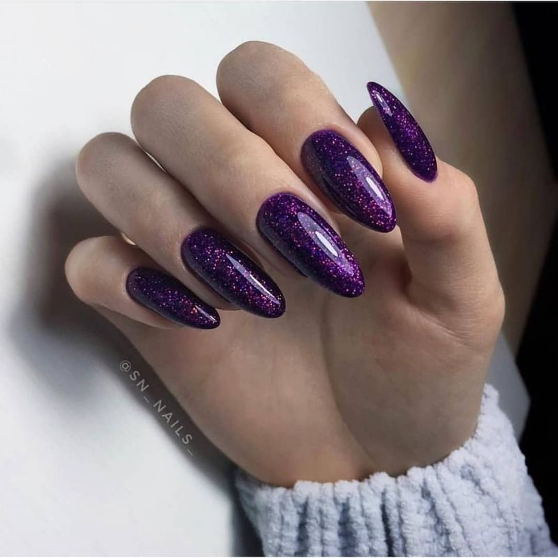 52 Elegant Oval Nail Art Designs You Will Love