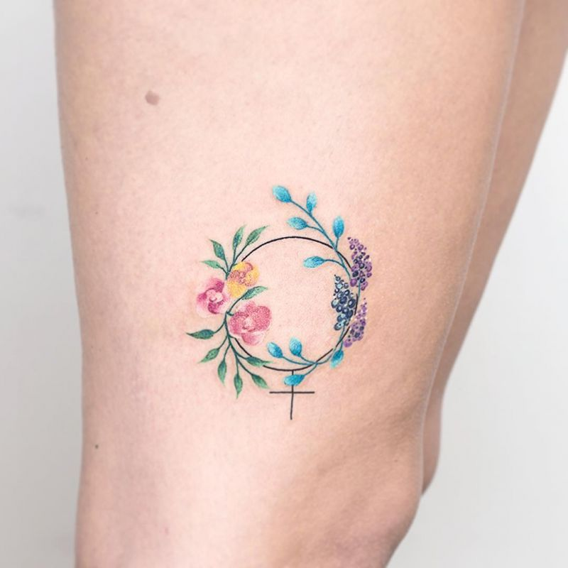 33 Beautiful Floral Circle Tattoo Designs For Women You Must Try
