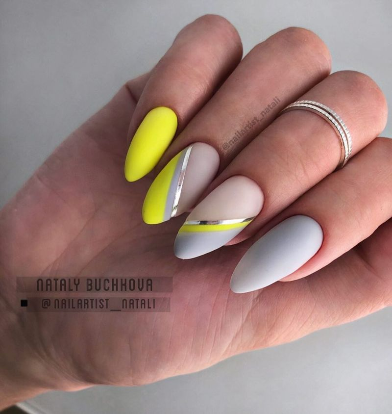 45 Trendy Almond Nail Art Designs You Must Try