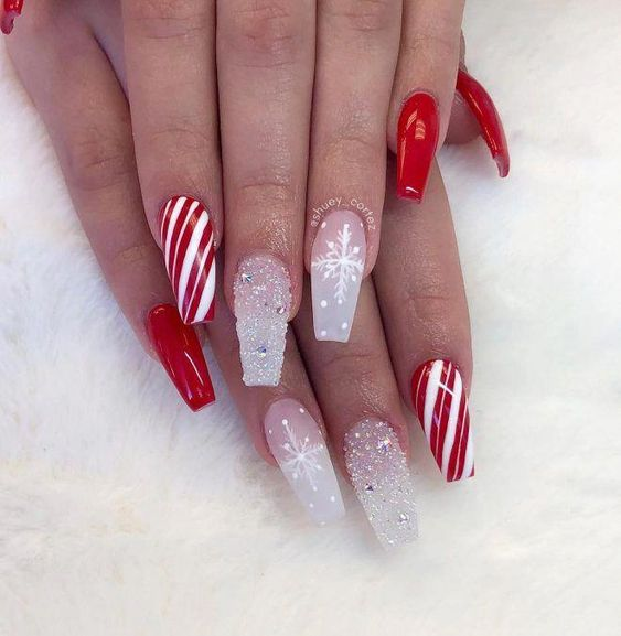 40 Pretty Christmas Snowflake Coffin Nails Anyone Will Love