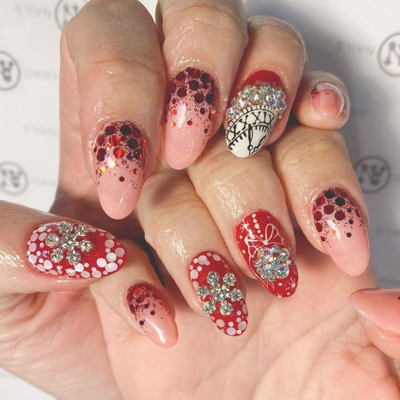 52 Trendy New Year's Clock Nails To Inspire You
