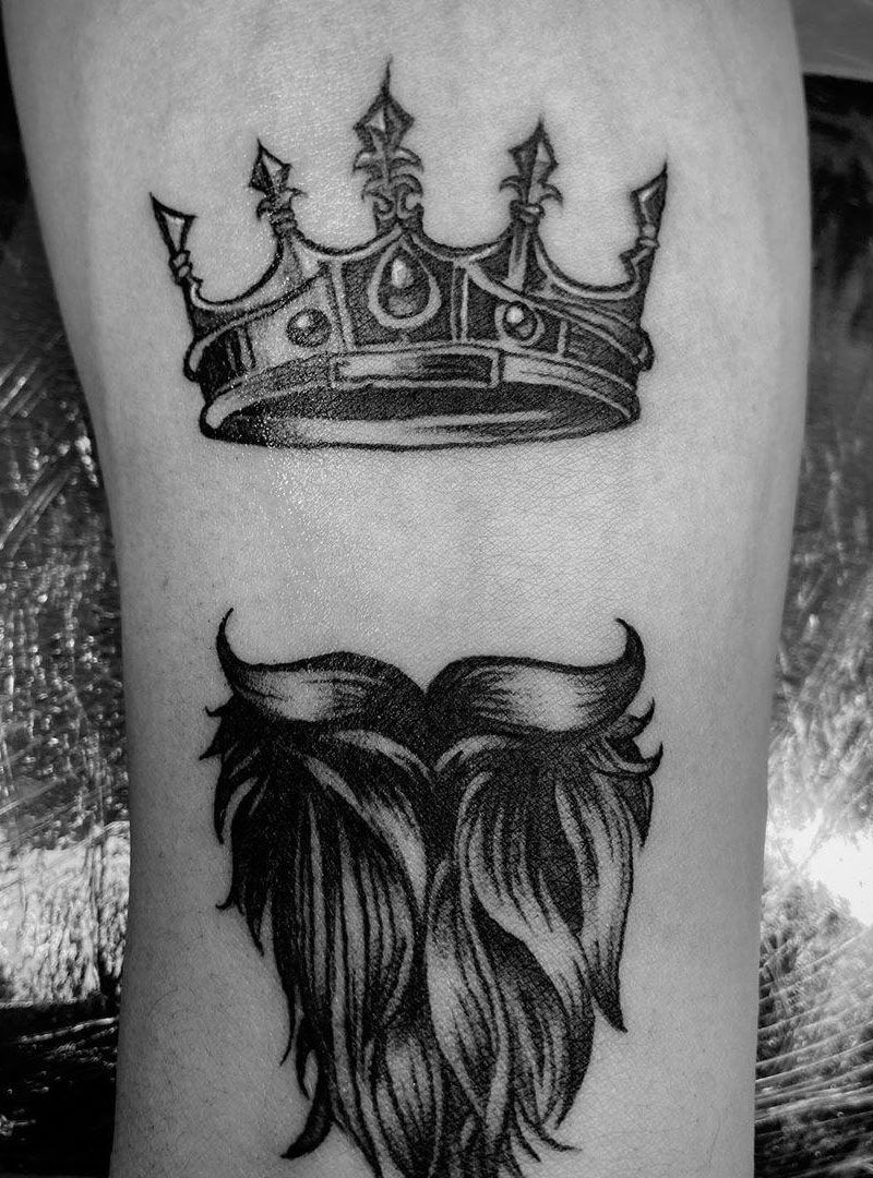 30 Pretty Crown Tattoos Show Your Temperament