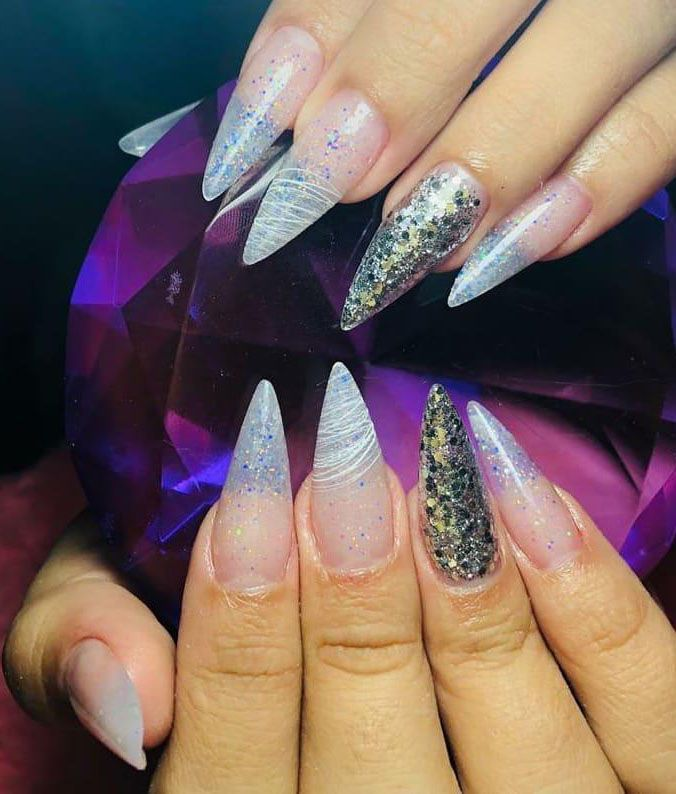 30 Trendy Summer Stiletto Nails You Must Try